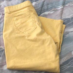 Yellow capris